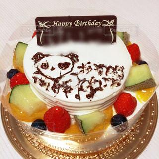 ケーキ,動物,文字,プレゼント,苺,フルーツ,ろうそく,洋菓子,贈り物,パンダ,メロン,キャラクター,甘い,メッセージ,誕生日,お祝い,記念日,お絵描き,デコレーション,スウィーツ,気持ち,デコペン,精一杯