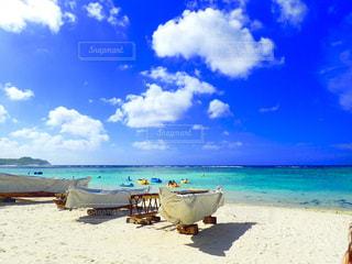 砂浜とボートの写真・画像素材[1406445]
