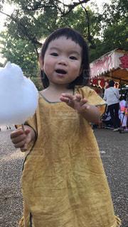 ふわふわ綿菓子ふわふわほっぺの写真・画像素材[1431993]