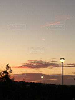 公園,秋,雲,夕暮れ,飛行機雲,秋空