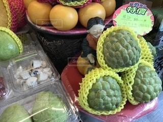 食べ物,フルーツ,果物,市場,台湾,釈迦頭,フルーツショップ,仏頭果