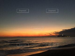 七里ヶ浜の夕日の写真・画像素材[1388829]