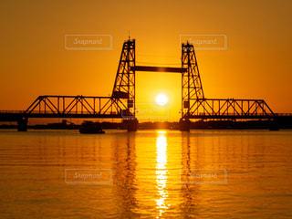 風景,空,橋,屋外,湖,太陽,ボート,夕暮れ,川,水面,光,日の出