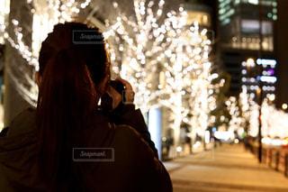 女性,イルミネーション,ライトアップ,人,クリスマス,明るい,グランフロント,クリスマス ツリー