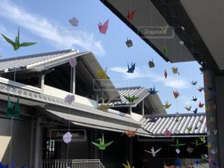 カラフルな折り鶴の写真・画像素材[3199671]
