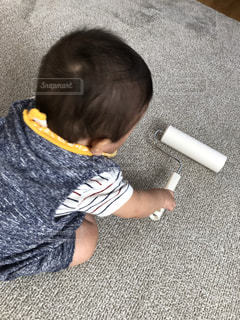 子ども,屋内,掃除,家事,清掃,手伝い,boy,10ヶ月,コロコロ,清潔,綺麗好き