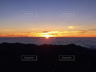 日の出の写真・画像素材[1407587]