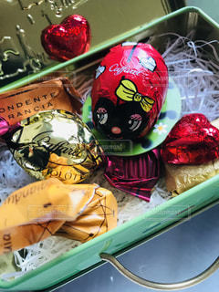 カラフル,アート,プレゼント,ハート,缶,バレンタインチョコ,義理チョコ
