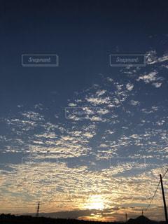 空,夕日,雲,夕焼け,野外