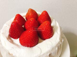 食べ物,スイーツ,ケーキ,いちご,苺,クリーム,デザート,フルーツ,果物,大きい,装飾,美味しい,新鮮,生,ショートケーキ,イチゴ
