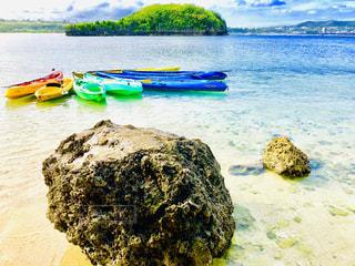 海,海外,カラフル,ボート,島,青,カヌー,海岸,鮮やか,岩,グアム,GUAM,穴場,映え,ひょうたん島,インスタ映え