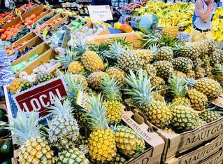 アメリカ,フルーツ,果物,パイナップル,ハワイ,スーパーマーケット,スーパー,パイン,バナナ,ホールフーズマーケット