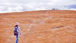 エアーズロック登山の写真・画像素材[1404210]