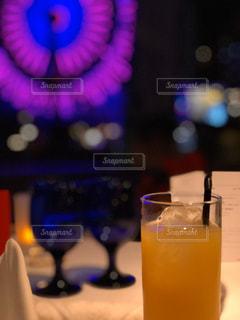 オレンジジュース1杯の写真・画像素材[2800100]