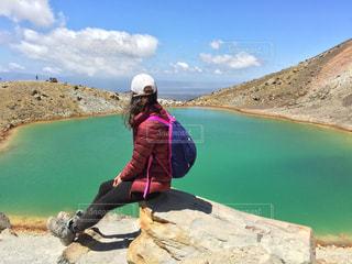 絶景,湖,海外,綺麗,大自然,エメラルドグリーン,ハイキング,海外旅行,ニュージーランド,火山,レイク