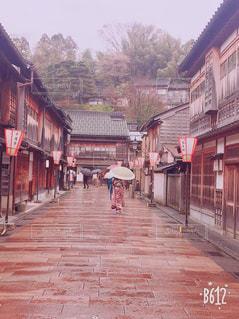 通りを歩く人々 のグループの写真・画像素材[1397338]