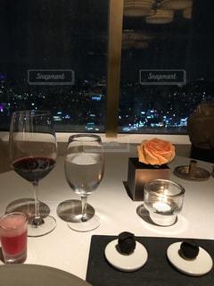 風景,夜,屋内,テーブル,都会,ワイン