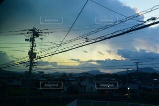 空,屋外,雲,電気,明るい,景観,パイロン,電線路,電源供給,公益企業