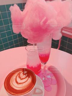 飲み物,コーヒー,ピンク,かわいい,プール,オシャレ,可愛い,カフェオレ,ソーダ,ドリンク,お洒落,ピンク色,桃色,pink,ピンクグレープフルーツ,明洞,綿あめ,おしゃれ,カワイイ,わたあめ,ピンクプールカフェ,スタイルナンダ,ピンクホテル