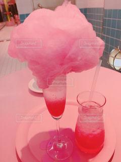 飲み物,コーヒー,ピンク,かわいい,プール,オシャレ,可愛い,ソーダ,ドリンク,お洒落,ピンク色,桃色,pink,ピンクグレープフルーツ,明洞,綿あめ,おしゃれ,カワイイ,ピンクプールカフェ,スタイルナンダ,ピンクホテル
