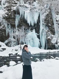 女性,冬,雪,屋外,白,女の子,人物,人,SNOW,winter,氷柱