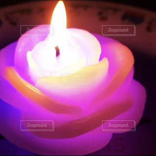 光るキャンドルの写真・画像素材[1443046]