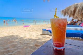 真夏のビーチでの写真・画像素材[1417910]
