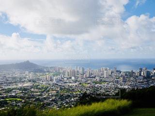 風景,海,空,建物,絶景,海外,雲,青空,山,景色,街,観光,丘,旅行,展望台,ヤシの木,ハワイ,リゾート,海外旅行,タウン