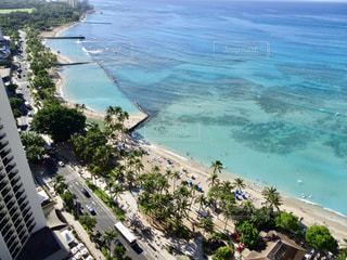 風景,海,空,建物,絶景,海外,ビーチ,雲,青空,車,道路,景色,街,観光,旅行,ヤシの木,ホテル,ハワイ,眺望,リゾート,海外旅行,タウン
