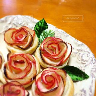 薔薇のようなアップルパイの写真・画像素材[1883209]