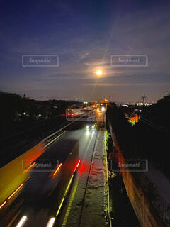 自然,風景,空,屋外,道路,高速道路,月,道,明るい,街路灯