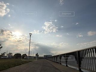 夕焼けと空の写真・画像素材[2261284]