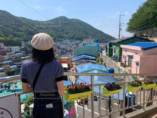 風景,屋外,海外,カラフル,後ろ姿,山,人,旅行,村,釜山,甘川文化村