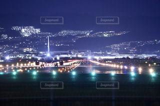 伊丹の夜の写真・画像素材[2725167]