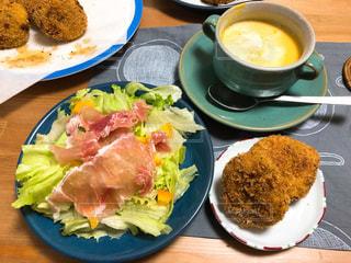 食事,スープ,サラダ,かぼちゃ,料理,夕食,お家ご飯,コロッケ