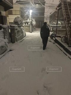 男性,冬,雪,東京,白,後ろ姿,雪景色,大雪
