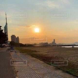 恋人,海,朝日,癒し,正月,お正月,日の出,デート,新年,初日の出,おはよう