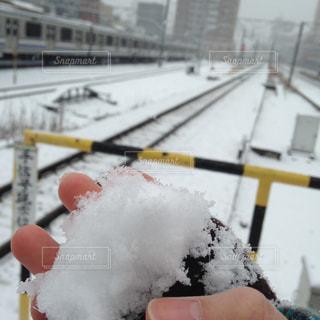 雪に覆われた鉄道の写真・画像素材[1806972]
