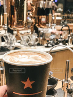 カフェ,コーヒー,食事,屋内,茶色,テーブル,カップ,ドリップコーヒー,ドリンク,中目黒,飲料,カフェ巡り,ミルクティー色