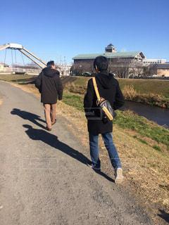 父と息子の散歩の写真・画像素材[1698525]