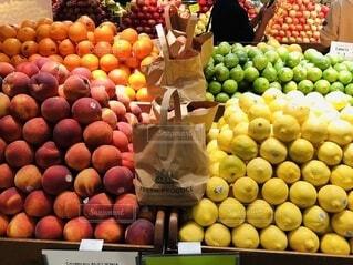 食べ物,赤,カラフル,黄色,オレンジ,フルーツ,野菜,レモン,食品,グリーン,新鮮,スーパーマーケット,食材,フレッシュ,ベジタブル,リンゴ