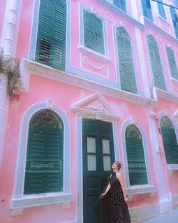 ピンク,マカオ,ピンク色,桃色,pink,ピンクの壁,ピンクの建物