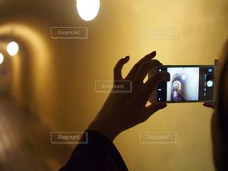 長い廊下でフォトインフォトの写真・画像素材[1446748]