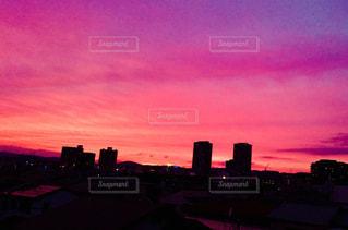 空,夜景,街並み,ピンク,夕暮れ,桃色,高槻