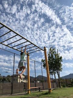 空,公園,スポーツ,屋外,雲,鉄棒,スポーツの秋