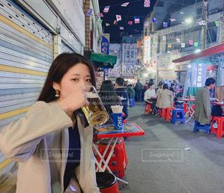 グラス,ビール,韓国,乾杯,ドリンク,ジョッキ,ソウル,韓国旅行