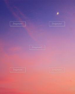 空,ピンク,雲,朝焼け,三日月