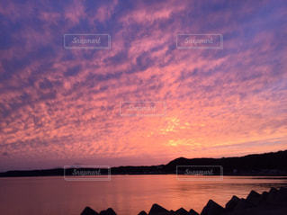 自然,海,空,秋,雲,夕焼け,散歩,山,反射,港,秋空