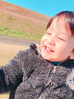 男性,子ども,公園,屋外,かわいい,男,人物,人,笑顔,男の子,息子,1歳