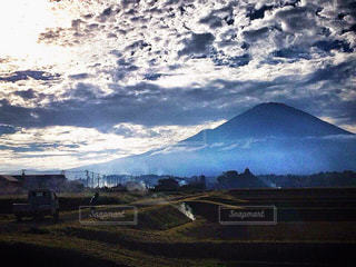 富士を見つめる。の写真・画像素材[1465946]